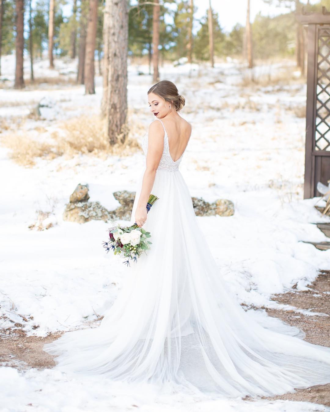 What a beautiful December bride!